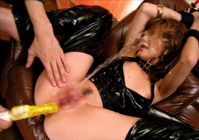 squirting3488-051